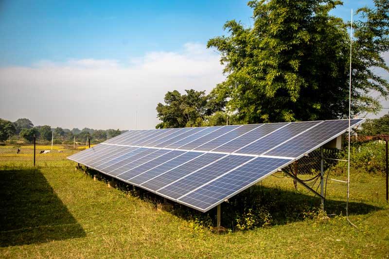 The Gumla project develops renewable energy power plants using hybrid sources of Solar P