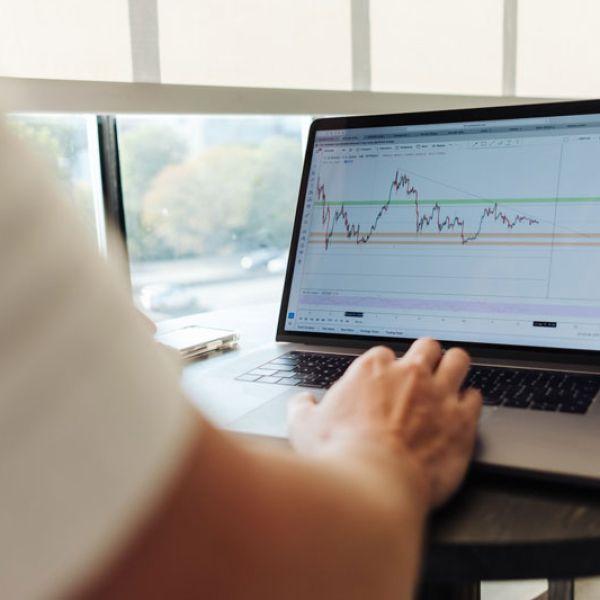 sustainable-finance-webinar.jpg